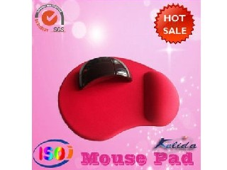 Promotional red gel mouse pad with wrist rest,pure color,non skip,super light,dust free,customized