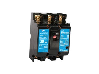 Molded Case Circuit Breaker NF30-CS 3P 20A