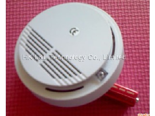 smoke alarm L&L-168W   (9V battery)
