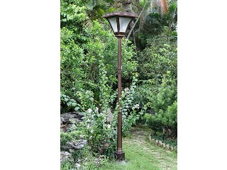 High quality solar power light;save products;solar garden lamp